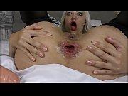 просмотр порно двойное проникновение молоденькой блондинки