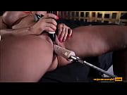 жена привела свою подругу для мужа порно