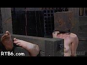 Порно видео где три мужика и одна девушка