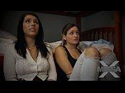 Лезбиянки русские две сестры пока родители на даче