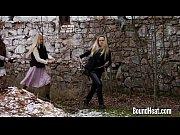 Порно русская дочь залезла на хуй отца