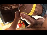 Italiensk porrfilm kinaree thai massage
