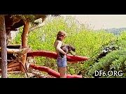 смотреть видео голые на острове