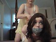 lesbica lega ragazza ingenua in hogtied!