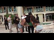 Äldre kvinnor och yngre män thaimassage malmö happy ending
