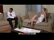 Эротические танцы с лилипутами видео