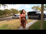 Голая женщина на веб камере