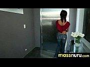 порно мужик в примерочной трахает эротичный манекен на русском языке