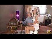 Eskortflickor stockholm äldre kvinnor som gillar yngre män