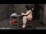 Девушка мастурбирует в чулках фото