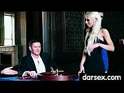 Бомжи трахают пьяную девку видео