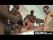 Порно видео с одеванием презерватива на крышах