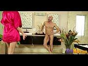 Порно видео старая дама в возрасте лесбиянка вылизывают писи киски