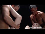 глубокий заглот порно лучшее