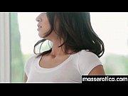 Смотреть видео как женщины сикают и какают