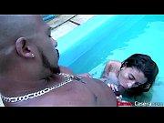 sexo na piscina com morena brasileira