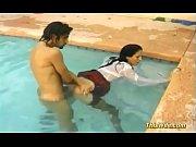 hot wife gets underwater fucked