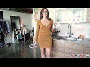 Ruskea tiputteluvuoto escort girl finland
