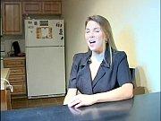смотреть видео красивейшая русская девушка позирует голышом