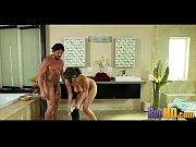 смотреть онлайн порно видеоролики ввод пениса во влагалище крупно