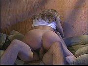 Порно брата и сестри перед телевизором