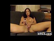 порно видео бабулька и пацан в кабинке