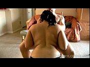 смотреть порно видео парень дорлбит свою маму в анал
