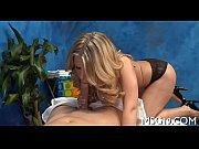 порно видео зрелте служанки извоащают парней