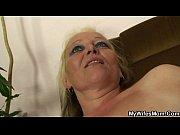 порно одна баба держит за голову другую