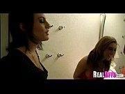 групповое порно девушку карлика трахают толпой