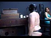 Анал с бабой с волосатой дырой бабища принимает хуй в волосатую пиздень и работает сракой в пореве с трахарем
