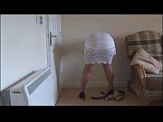 порно видео отчим трахнул падчерицу в душе