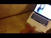 Мужик трахает свою жену перед другом порно