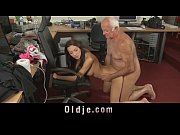 порно бабушке 75 лет
