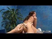 порно видео лижет ножки русской девушке