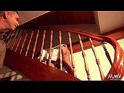 In Asien ist das so - Treppen putzt man mit nacktem Po - Mani &amp_ Tommy