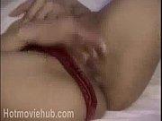 Эротические фотографии брюнеток с раздвинутыми