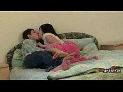 Порно онлайн пока муж гуляет жена дала соседям