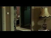 видео на качели 2молодые телки и парень у бассейна