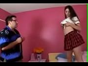 Порно видио онлайн отец трахнув дочь пока она спала