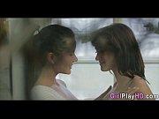 две порно актрисы блезняшки