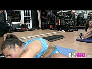 циркачка с мускулами