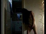 Сестра трахает своего брата в спальне чмотркть
