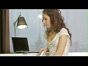порно в трусиках на бильярдном столе