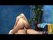 Порно страпон реальное видео онлайн