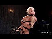 Порно кончают в рот