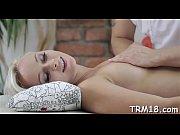 Секс парня с мамой и дочкой видео