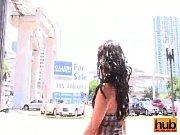 порно видео и порвал ей целку