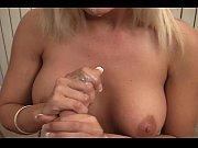 секс в красных чулках видео пка мама спит