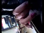 Две подружки лижут письки друг другу